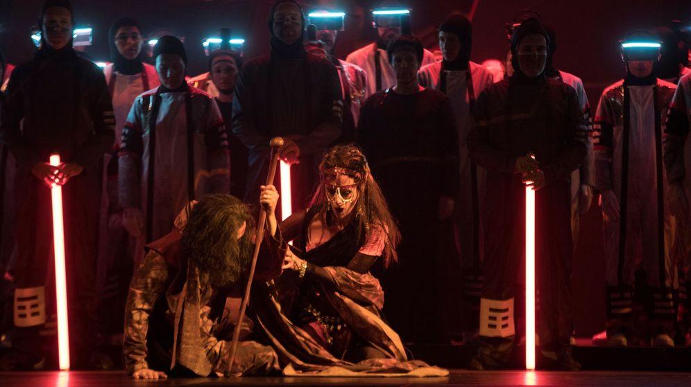 Foto: Estreno mundial de la nueva producción de la ópera turandot en el gran teatro del Liceu. (EFE)