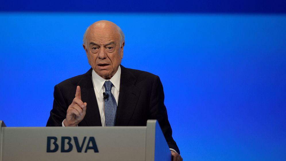Foto: Francisco González, en la reunión de accionistas de 2018 en Bilbao. (Reuters)