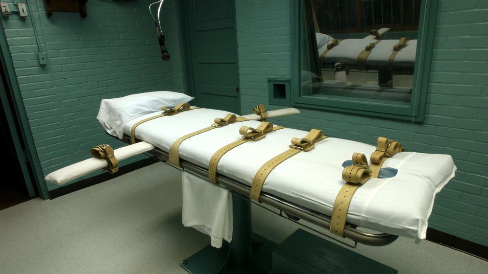 Foto: Cámara de la muerte con la camilla donde se aplica la inyección letal al condenado a muerte en EEUU. (EFE)
