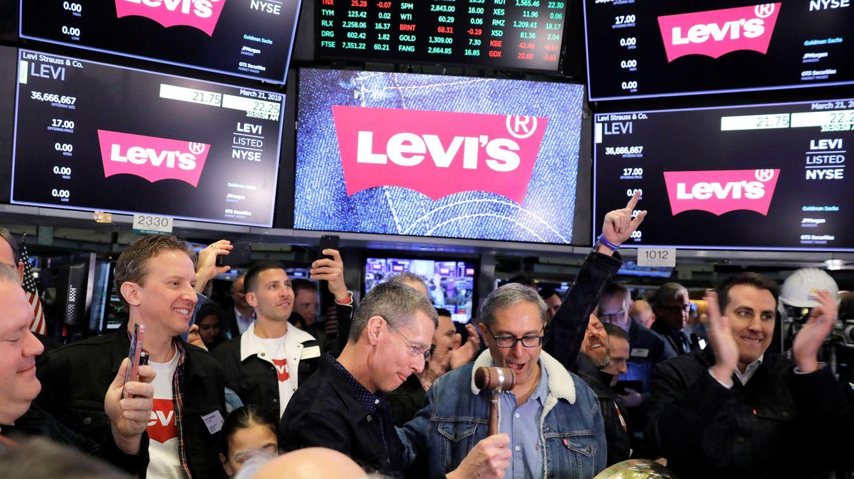 ¿Quién dijo miedo al 'retail'? Levi Strauss se dispara un 32% en su regreso a bolsa