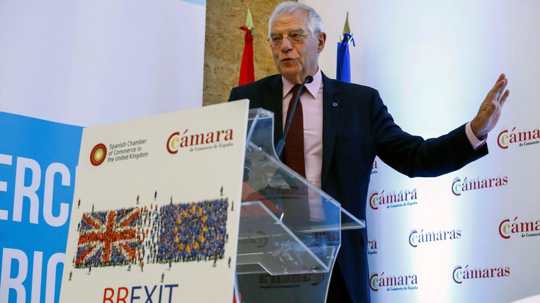 Borrell descarta dimitir por la multa de la CNMV: No tendría lógica