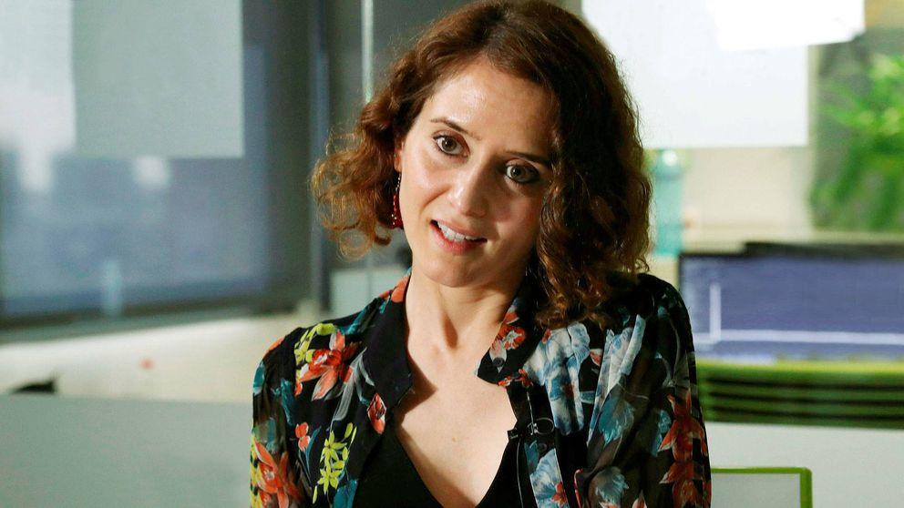Isabel Díaz Ayuso, candidata del PP, y su pareja: enamorados a distancia