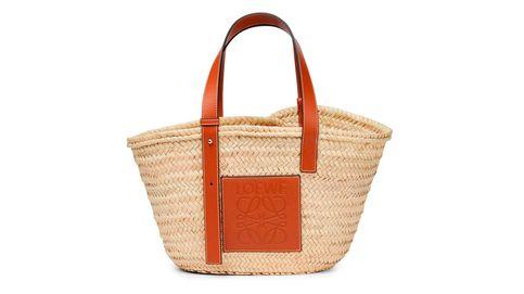 El bolso que Isabel Preysler no se ha quitado en todo el verano (y Carbonero tampoco)