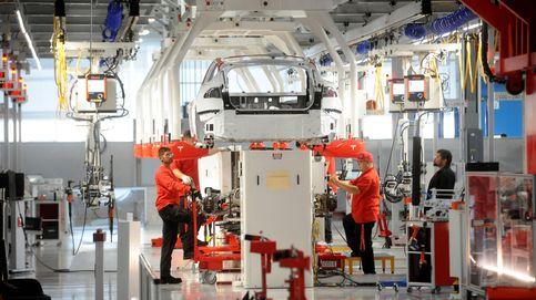 Desmayos, accidentes y precariedad: el grave conflicto laboral que Tesla oculta