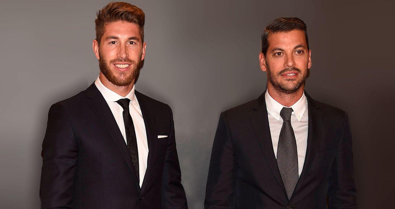 Foto: René, el hombre (y hermano) que le ha dado a Sergio Ramos el contrato de su vida