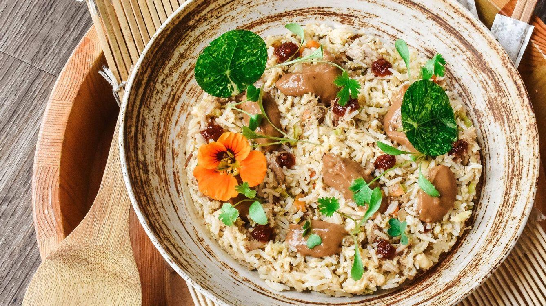 ¿Es cierto que debemos evitar el arroz y la pasta para cenar si queremos adelgazar?