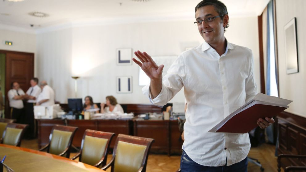 Madina pide una gestora en un PSOE sin Sánchez y no descarta la abstención