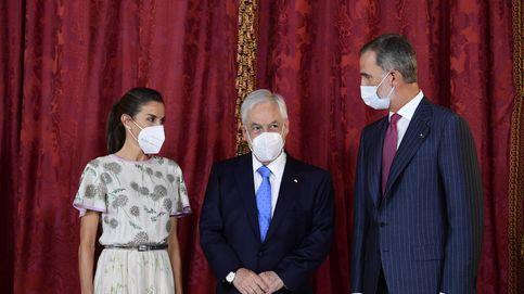 Los Reyes reciben al presidente de Chile con un almuerzo en el Palacio Real