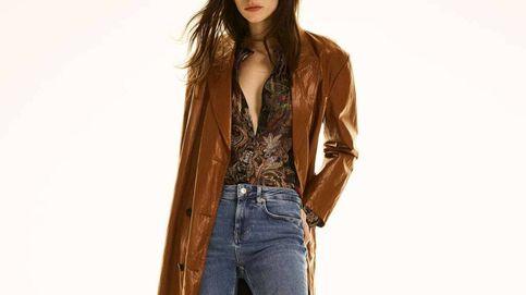 Las rebajas de Zara nos ponen en bandeja la gabardina ideal para la primavera
