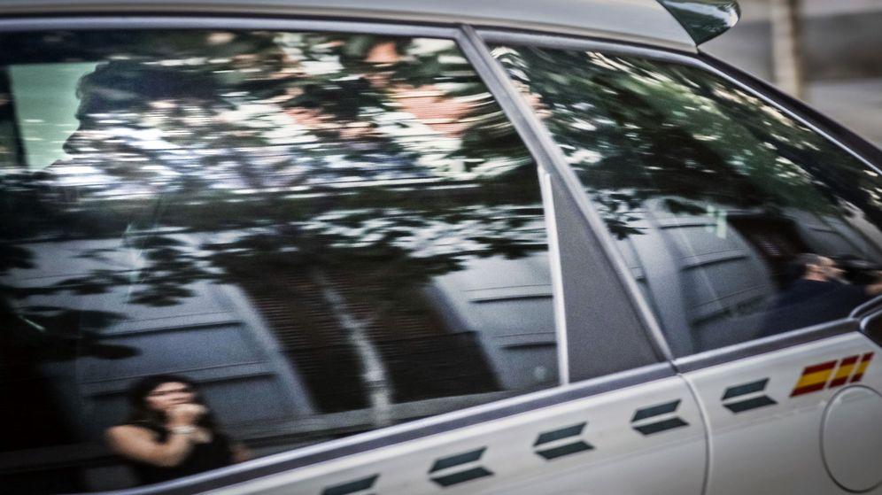 Foto: Villar ha llegado esta mañana a la Audiencia Nacional en un vehículo de la Guardia Civil. (EFE)