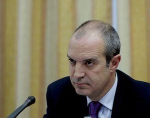 Luis Fernández convoca un Consejo Extraordinario para abandonar ya RTVE