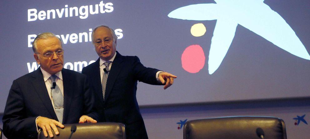 Foto: El presidente de La Caixa, Isidre Fainé (i), y el director general de la entidad, Juan María Nin. (Reuters)