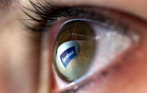 Demandan a Facebook por analizar mensajes privados de forma masiva