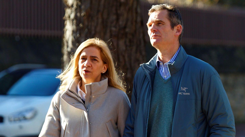 Iñaki Urdangarin y la infanta Cristina, en diciembre en Vitoria. (EFE)