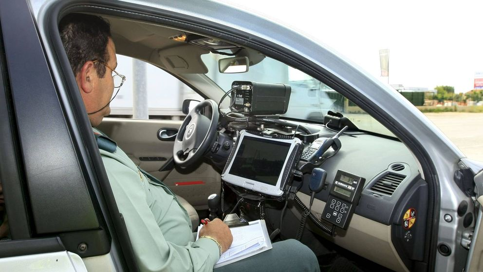 Los coches sin papeles hacen pagar pólizas más caras a los 'legales'