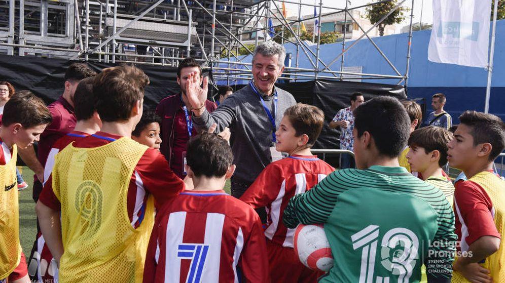 Foto: Miguel Ángel Gil, con el equipo cadete en Tenerife (LaLiga)