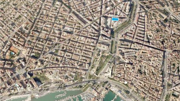 Foto: Vista aérea del solar a la venta en Palma de Mallorca, uno de los activos más atractivos. (Addmeet)