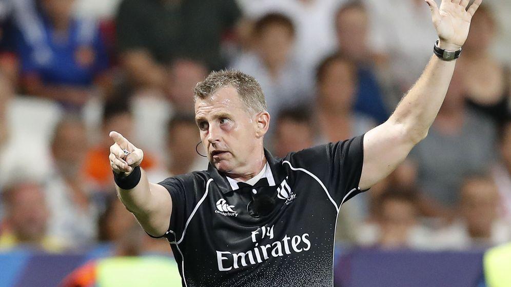 Foto: Nigel Owens, el árbitro de rugby más famoso del mundo. (EFE)