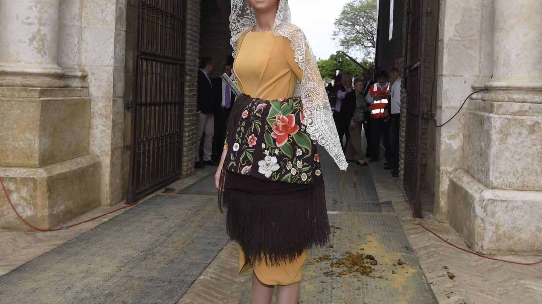 Victoria Federica, en la puerta de la Real Maestranza de Sevilla. (EFE)