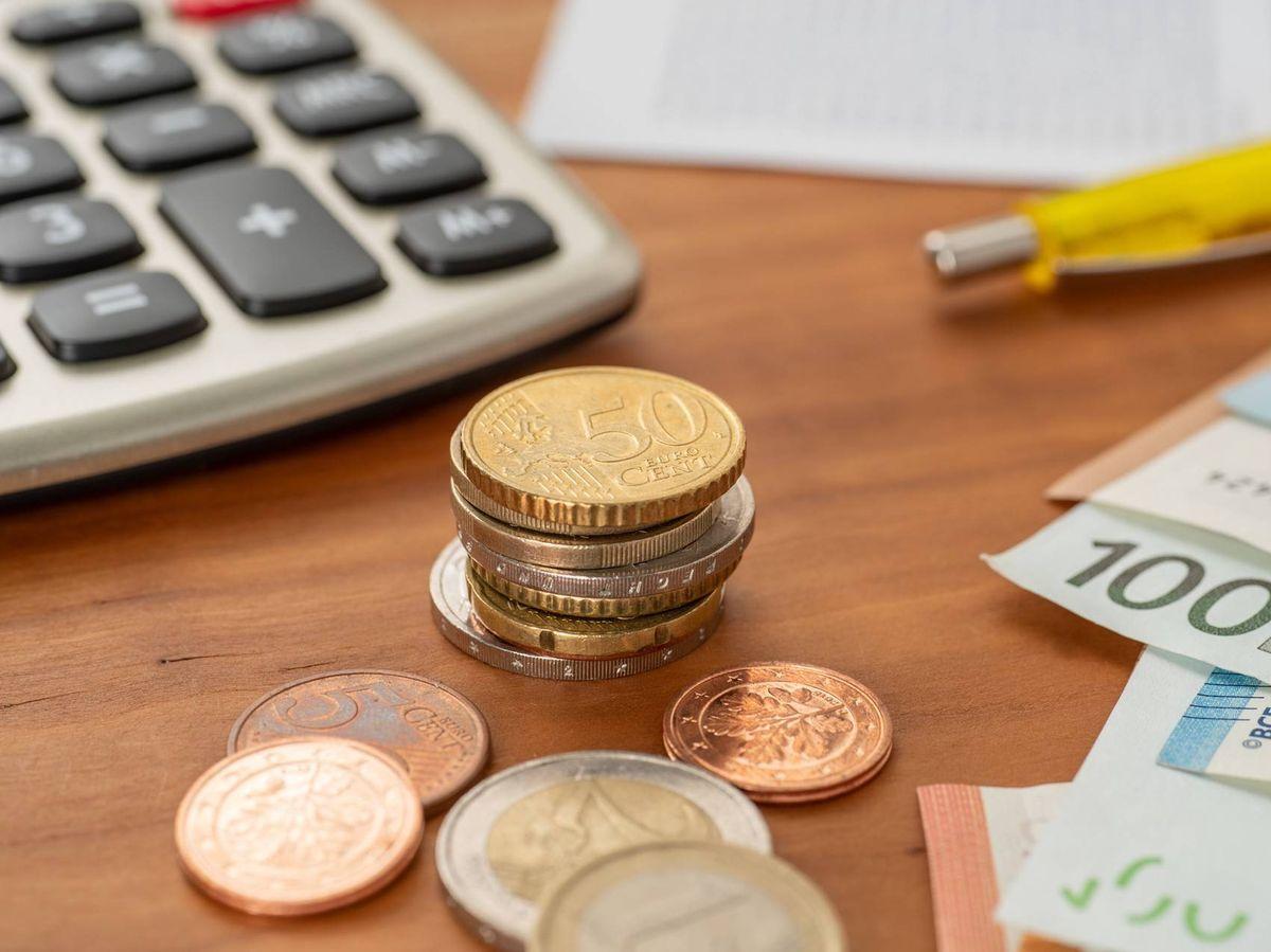 Foto: Si el resultado de la renta 2020 es negativo, Hacienda debe devolver al contribuyente esa cantidad (iStock)