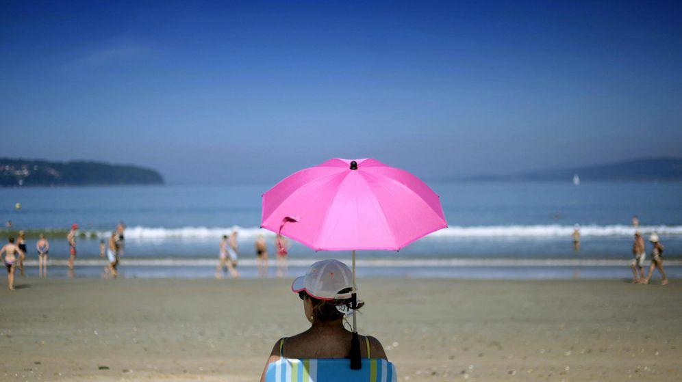 Foto: En Galicia se espera que los termómetros suban hasta los 26ºC. Los más atrevidos podrán incluso hasta bañarse. (Efe)