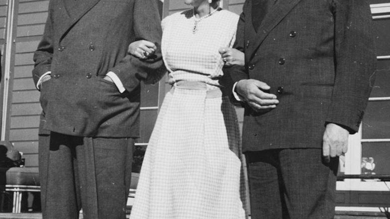 El rey Pablo de Grecia con su esposa, la reina Federica. (Getty)