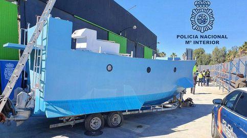 Incautado en Málaga el primer 'narcosubmarino' localizado en España