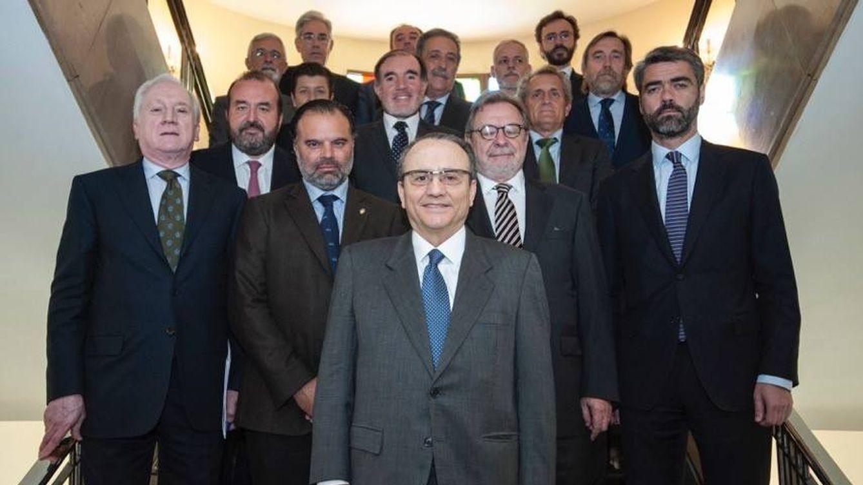 Los 'capos' de la prensa refundan su patronal con los digitales y Javier Moll al frente