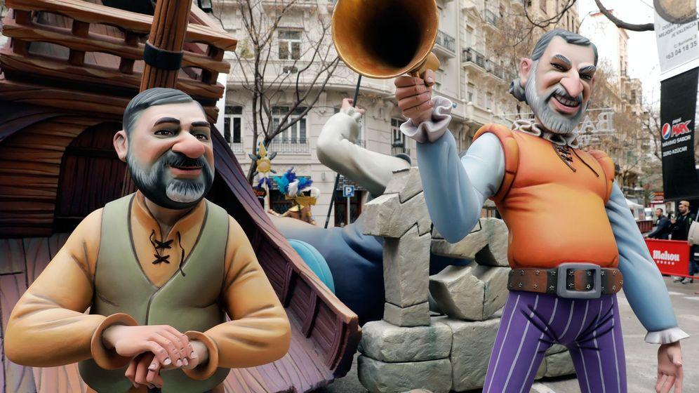 Foto: Los ninots de los Jordis, Sànchez (i) y Cuixart. (EFE)