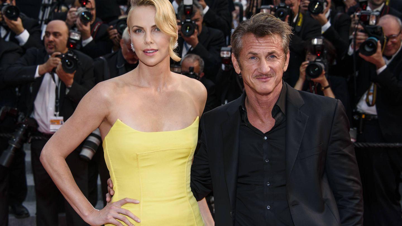 Penn y Theron, en Cannes. (Getty)