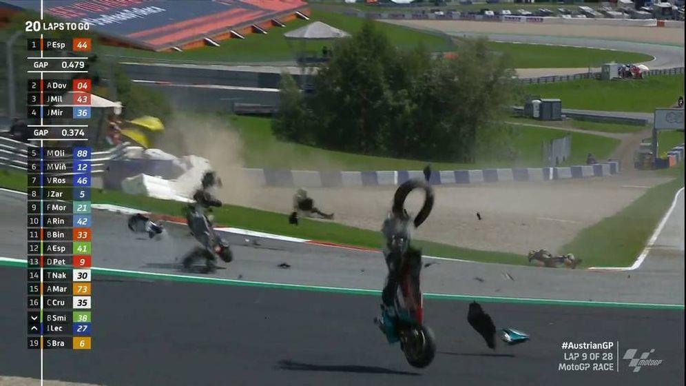 Foto: Así fue el terrible accidente en MotoGP que por suerte no acabó en tragedia.