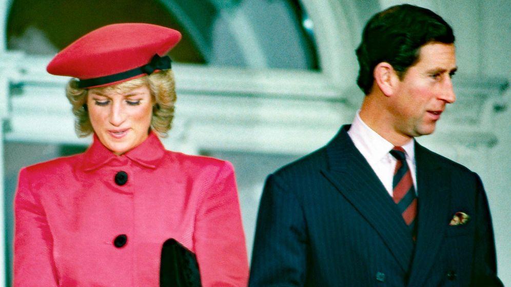 Foto:  Lady Di y Carlos de Inglaterra. (Alamy)
