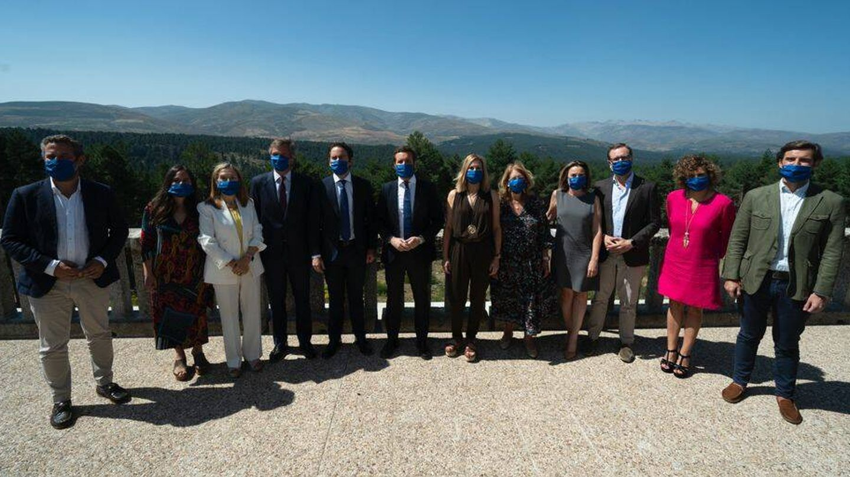 La dirección nacional se reúne en Gredos para la junta directiva. (David Mudarra)
