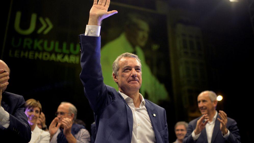 Foto: Urkullu celebra los resultados electorales. (Reuters)