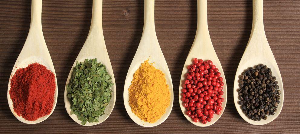 Sabrosas y muy saludables: diez hierbas aromáticas que no deben faltar en tu cocina