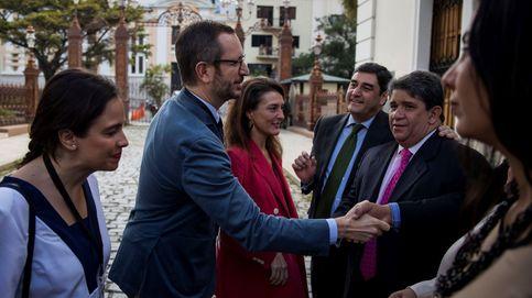 Dirigentes del PP son insultados en Caracas: Fascistas, ¡viva Cataluña libre!