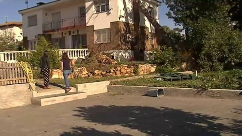 Impresionantes efectos del viento en una urbanización de Tarragona