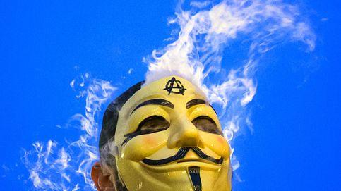 ¿Delito o chapuza policial? Arranca el juicio a la 'cúpula' de Anonymous