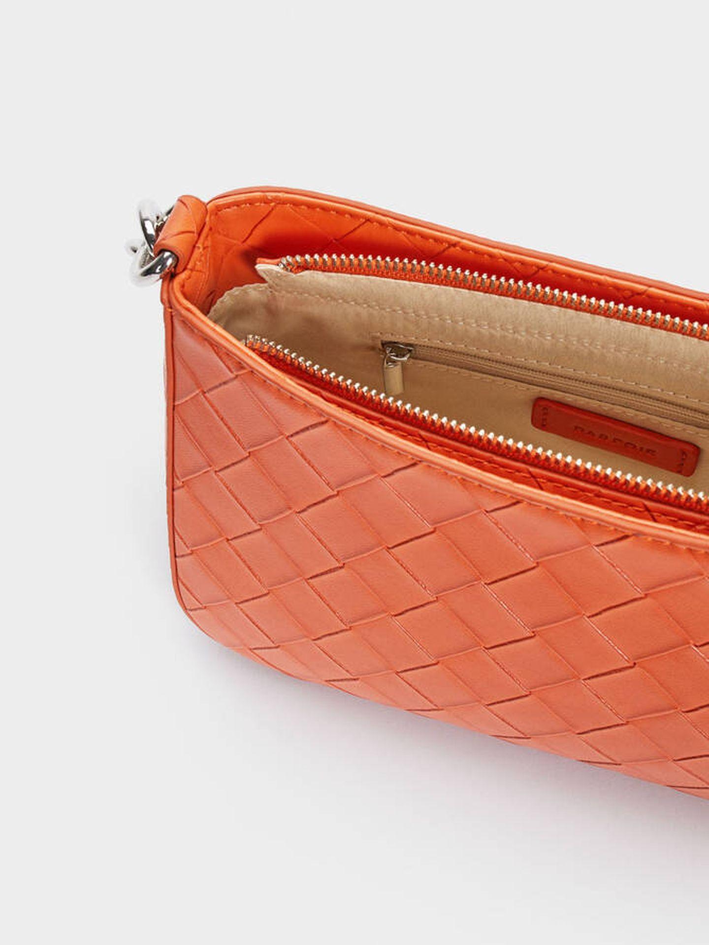 El nuevo bolso trenzado de Parfois para este verano. (Cortesía)