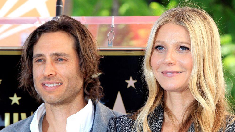 Foto: Gwyneth, con su marido, Brad Falchuk. (EFE)