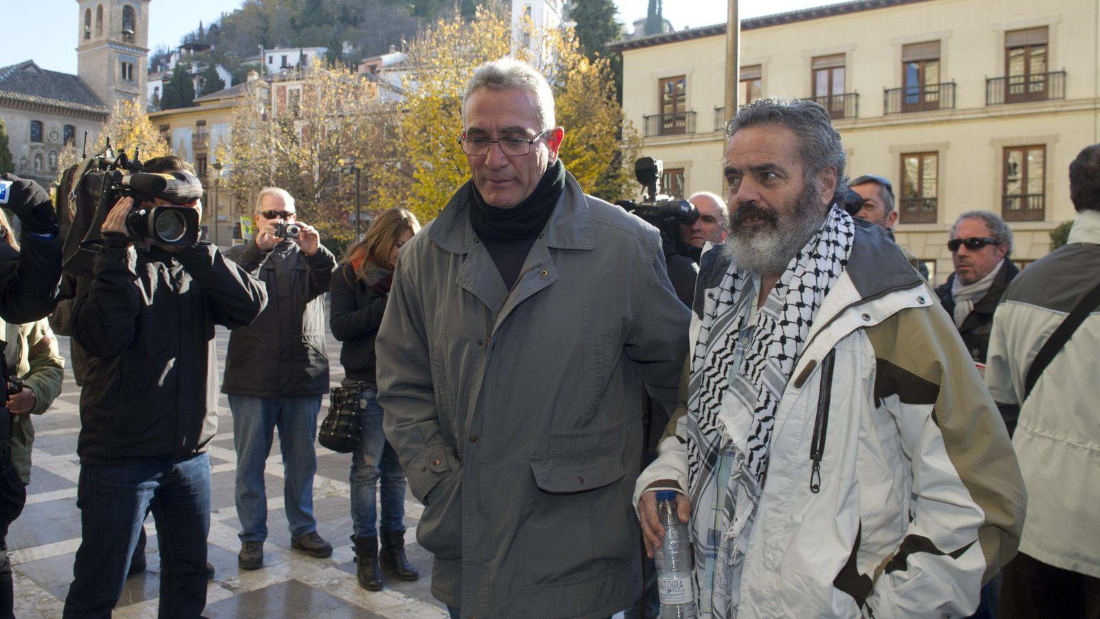 Foto: Sánchez Gordillo (d) acompañado de Diego Cañamero en 2013. (EFE)