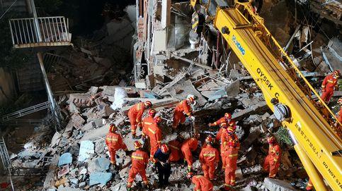 Al menos 8 muertos y 9 desaparecidos tras el derrumbe de un hotel en China