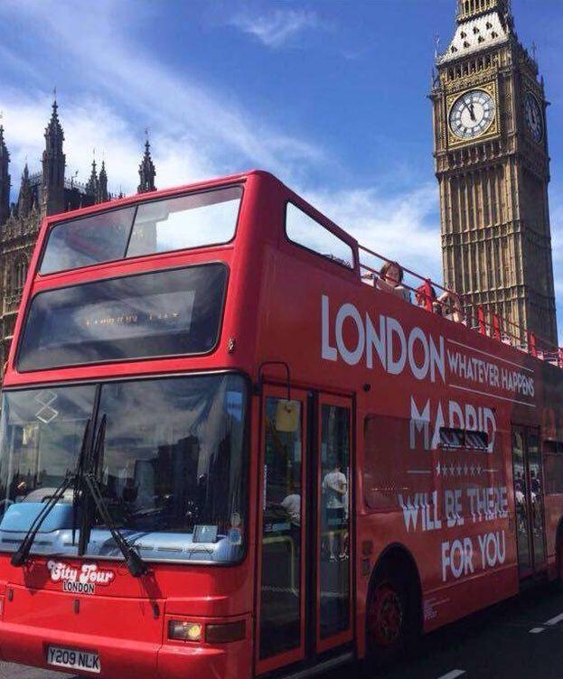 Foto: Uno de los autobuses que circulan por Londres.