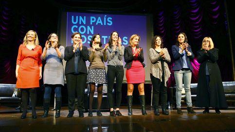 Podemos pone el acento feminista a su primer acto para el 20-D con Colau y Oltra