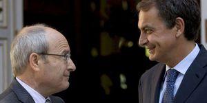 Montilla mete prisa a Zapatero para que acelere los traspasos pendientes del Estatut