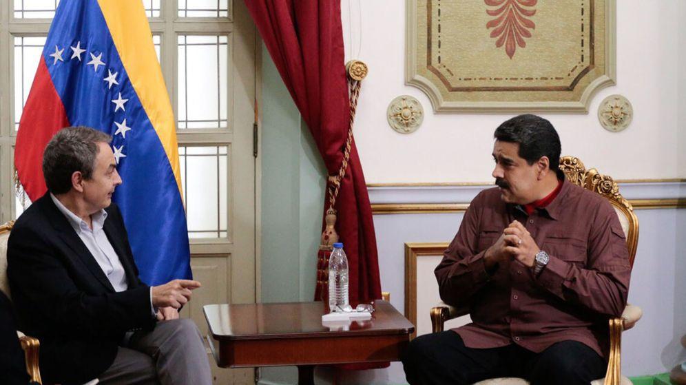 Foto: El presidente venezolano, Nicolás Maduro (d), reunido con el exjefe del Gobierno español José Luis Rodríguez Zapatero. (EFE)