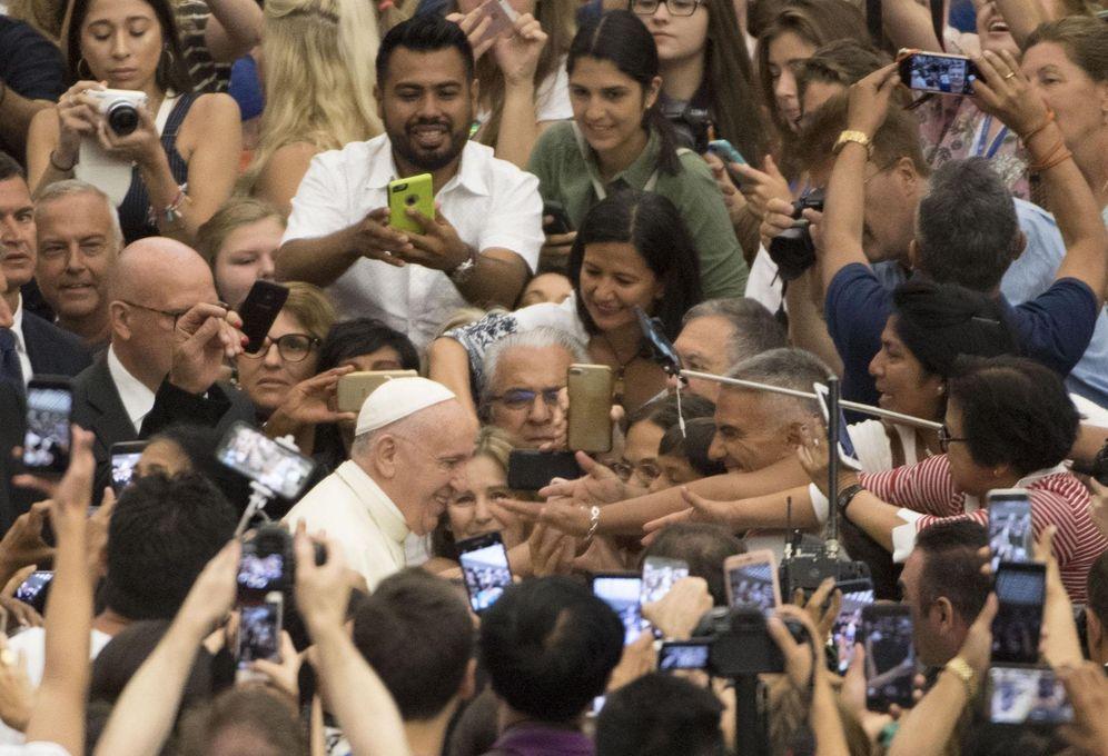Foto: El papa Francisco preside la audiencia general semanal en el aula Pablo VI en la Ciudad del Vaticano. (EFE)