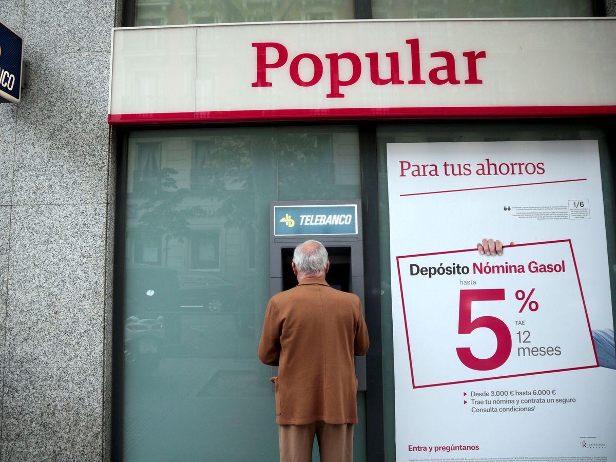 Foto: Oficina del Banco Popular en una imagen de archivo. (Reuters)
