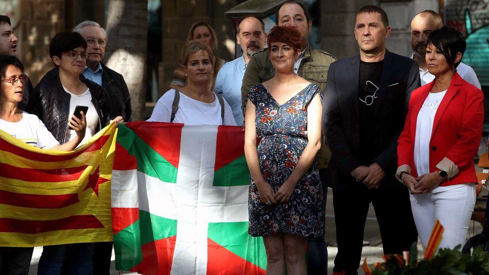 Bildu busca elevar la presión sobre Urkullu con 'comisión catalana' en el Parlamento