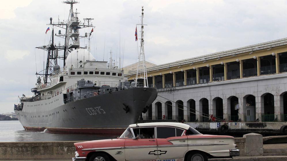 Foto: El barco espía ruso Viktor Leonov SSV-175 atracado en el puerto de La Habana, en enero de 2015. (Reuters)